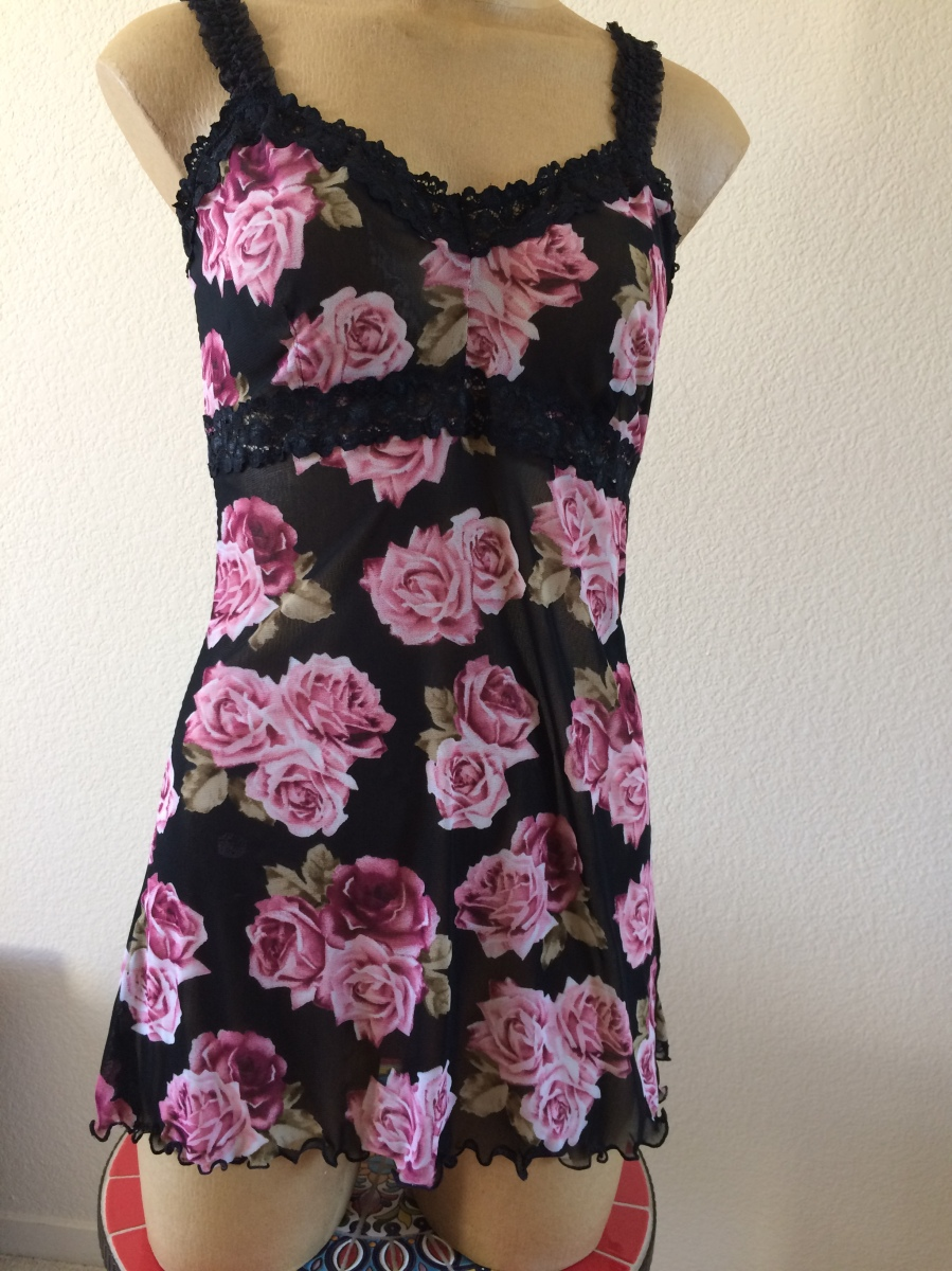 A Pretty Rosy Chemise and Panties from Butterick B6031 - A Pattern Review